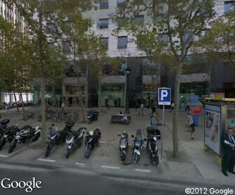 La caixa oficina l 39 illa diagonal barcelona direcci n for Horario apertura oficinas la caixa