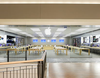 Apple Store, Charlestown